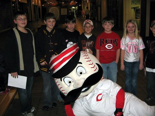 Mr._Redlegs_&_Fans_in_Athens.JPG